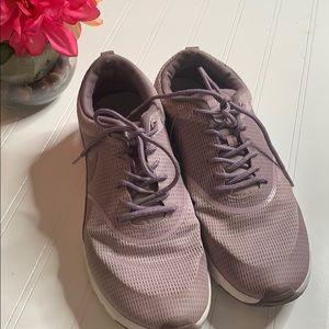 Nike purple sneakers 819639 Sz 10